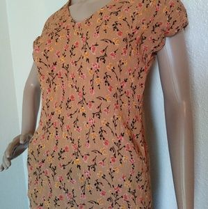 Maurices Tops - Maurices Xs Orange Short Sleeve Floral Top